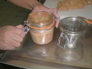 Foie gras frais de canard mis en pot - Ferme de Ramon